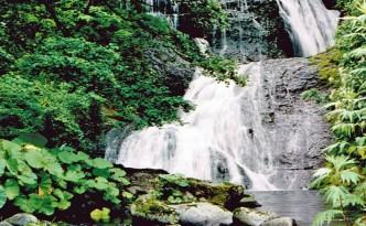 オオシュブンナイの滝